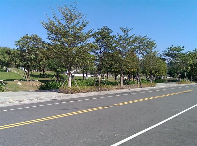 松竹路店面建地、新都生態公園商圈